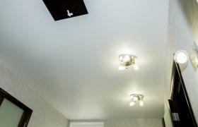 Матовый натяжной потолок в комнату 12 кв.м.