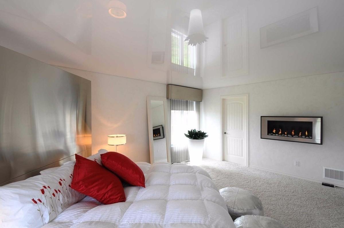 еще снег натяжной потолок фото в гостиной матовый приходит